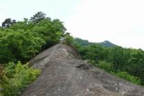 小鹿野町法性寺のお船岩